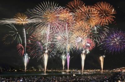 史上空前第70回記念全国花火大会