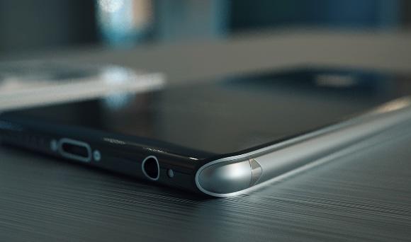 iPhone 7/6sの材質