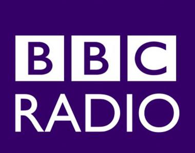 ネットラジオで英会話勉強・録音とスマホに入る方法!